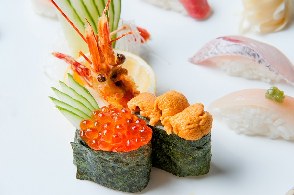 Nigiri fresh roe and shrimp arrangement