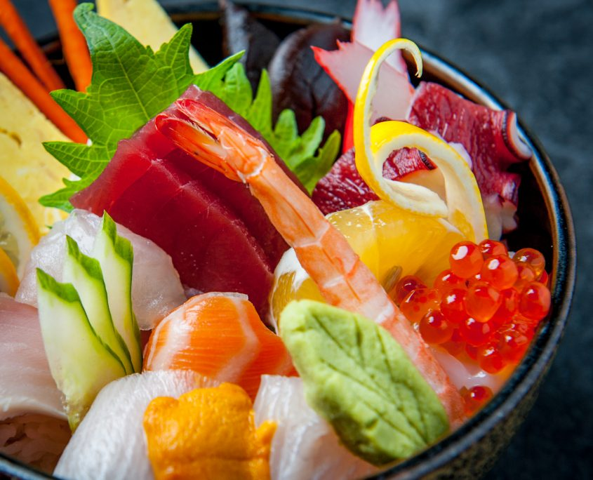 Chirashi bowl fresh seafood in ricebowl
